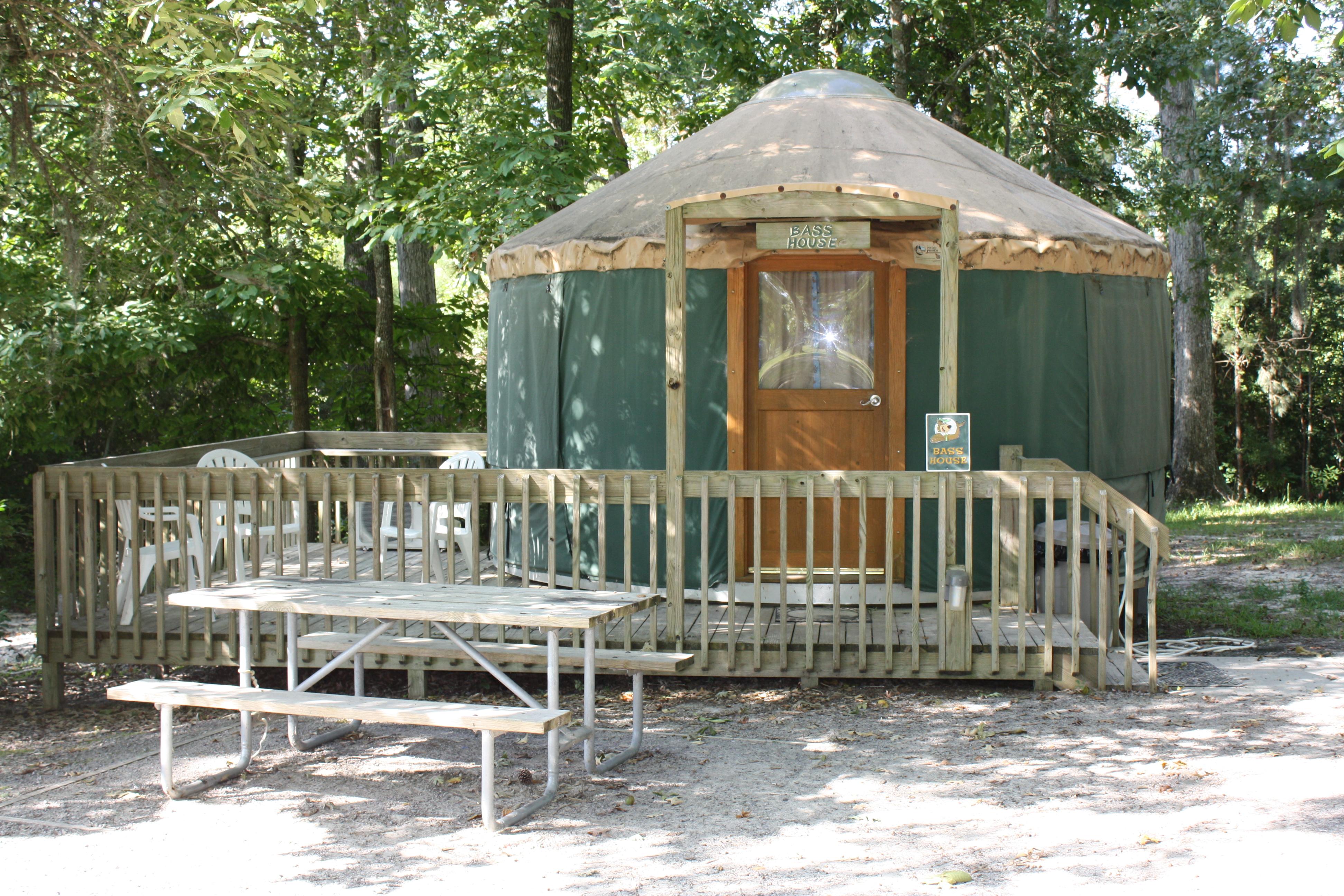 Sites Yurts Yogi Bear S Jellystone Park At Daddy Joe S